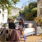 Emily-in-Paris-9.jpg
