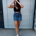 saia-jeans-com-top-preto.jpeg